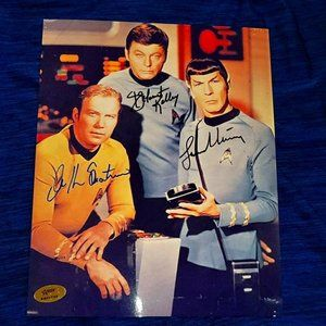 Star trek William Shatner nimoy kelley signed 8x10